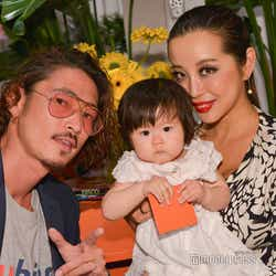 窪塚洋介、娘のあまとちゃん、妻のPINKY (C)モデルプレス