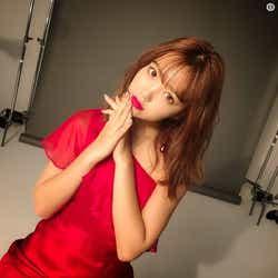 モデルプレス - 藤田ニコル、SEXYな肌見せドレス姿「色気すごい」「大人にこるん」絶賛の声
