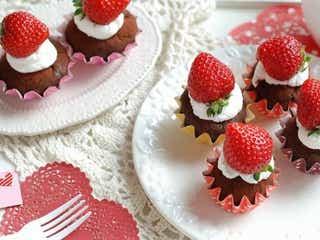 ホットケーキミックスで簡単にできる!「濃厚生チョコ風カップケーキ」の作り方
