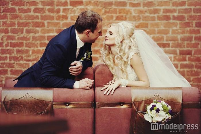 遠距離恋愛からゴールイン!結婚に辿り着いたカップルの秘訣とは(photo by IVASHstudio/Fotolia)