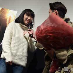 ファンの名前を尋ねる間宮祥太朗(C)モデルプレス