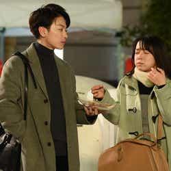 佐藤健、上白石萌音/「恋はつづくよどこまでも」第6話より(C)TBS