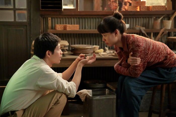 松下洸平、戸田恵梨香/「スカーレット」(C)NHK