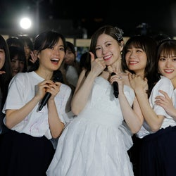 白石麻衣、涙で乃木坂46卒業 開演前にハプニングも笑顔で完走