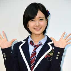 モデルプレス - 電撃結婚発表のNMB48須藤凜々花とは?グループでセンターも…山本彩も「飽きさせない」と期待のエースメンバー<略歴>