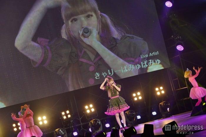 きゃりーぱみゅぱみゅ/大型エキスポ「日本女子博覧会-JAPAN GIRLS EXPO 2014-」より