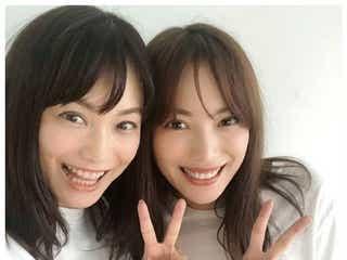 蛯原友里、双子の妹・英里との2ショットに「どっちがどっち?」「なんて美しい姉妹」と反響