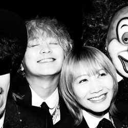モデルプレス - SEKAI NO OWARI、デビュー10周年で初ベストアルバム Fukase撮影の新アーティスト写真公開