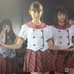 """AKB48小嶋陽菜、全16曲パフォーマンスで原点回帰 """"神7""""も登場?<卒業前特別公演レポ・セットリスト>"""