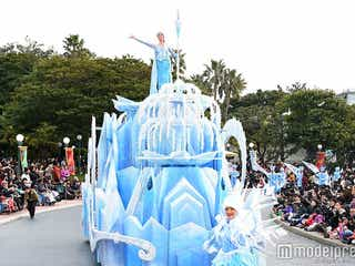 「アナ雪」イベント、新パレードお披露目 初登場のハンス、トロールらにゲスト歓声&拍手