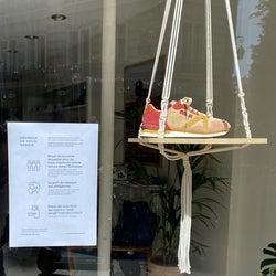 フランス、ファッション小売業の営業再開