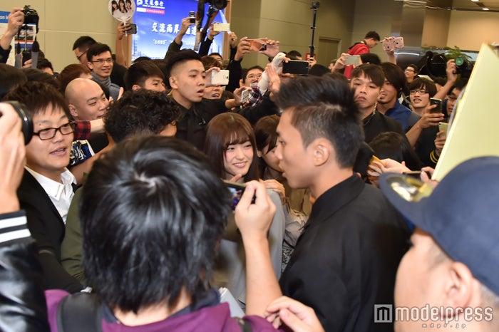 台湾ファンが空港に殺到(C)モデルプレス