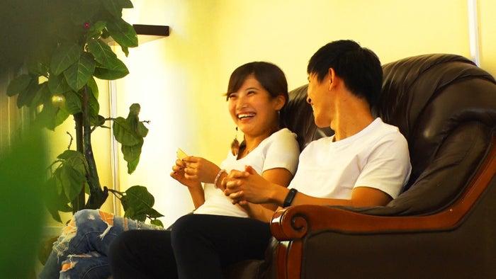 でっぱりん、AI「あいのり:Asian Journey」シーズン2第16話より(C)フジテレビ