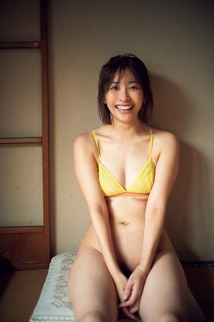 山崎真実(C)光文社/週刊FLASH 写真:藤本和典