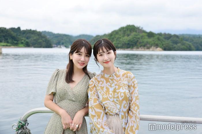 九十九湾/モデル(左から)yuka、るっこ(C)モデルプレス