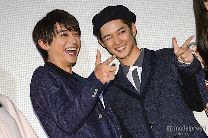 (左から)吉沢亮、千葉雄大