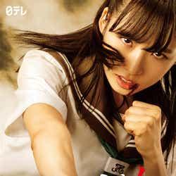 """モデルプレス - AKB48小栗有以、強い眼差しにノックアウト """"平成のジャンヌダルク""""に<マジムリ学園>"""