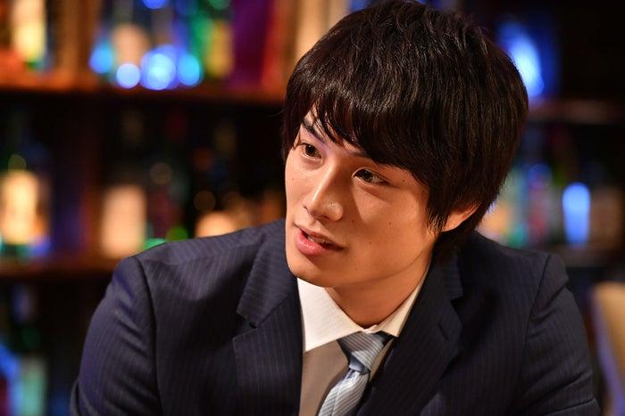 鈴木伸之/「あなたのことはそれほど」第1話より(画像提供:TBS)