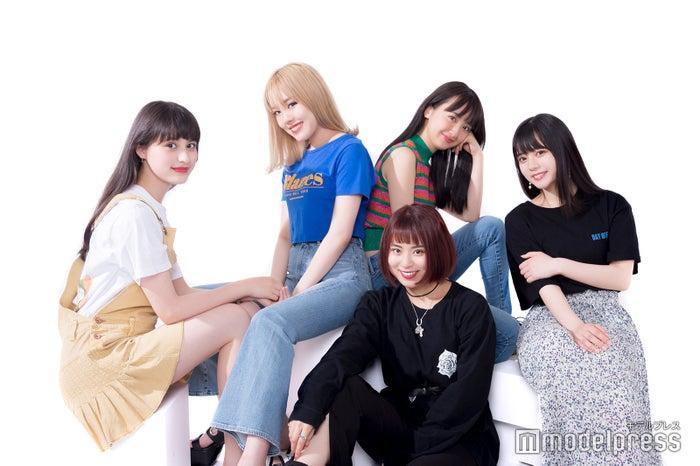 (左から時計回りで)木内舞留、KAHOH、熊田来夢、野島日菜、安田乙葉(C)モデルプレス