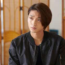 モデルプレス - 磯村勇斗、殺人事件の容疑者役に挑む 沢村一樹と共演
