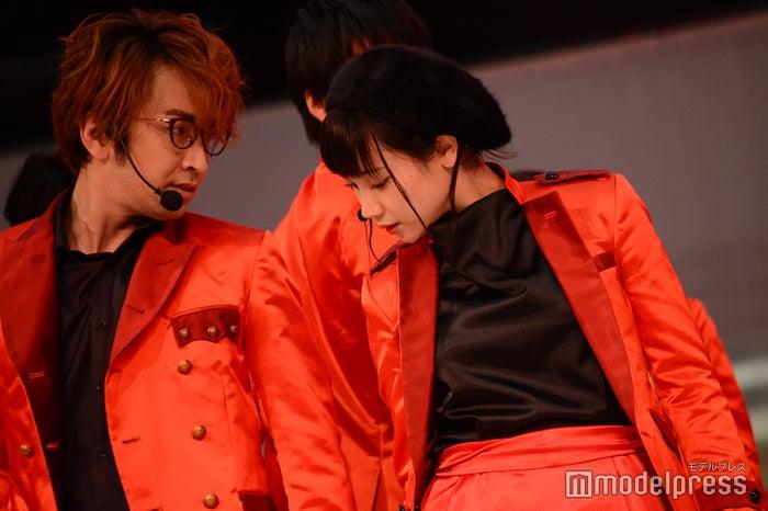 まちゃあき、高野祐衣/吉本坂46「泣かせてくれよ」発売記念イベント(C)モデルプレス