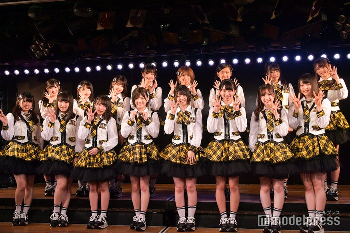 AKB48村山チーム4「手をつなぎながら」公演初日メンバー(C)モデルプレス