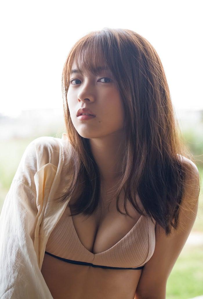 新條由芽(C)佐藤裕之/集英社
