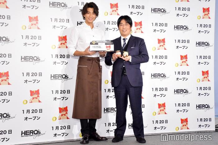 (左)三浦翔平(C)モデルプレス