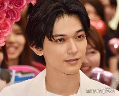 """吉沢亮、美しすぎて""""トイレ行かない説"""" 新木優子が唱える<あのコの、トリコ。>"""
