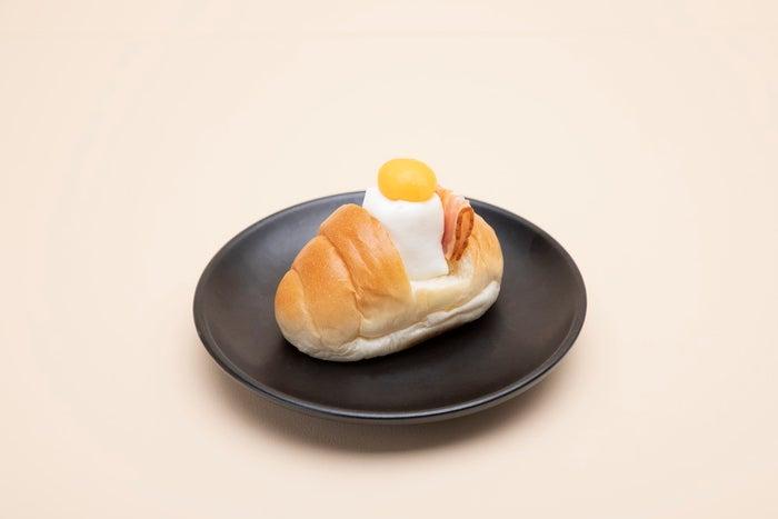よるのえロールパン590円(C)キューライス