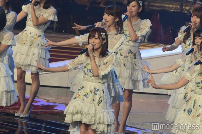 「第58回 輝く!日本レコード大賞」最終選考会に出演したAKB48(C)モデルプレス