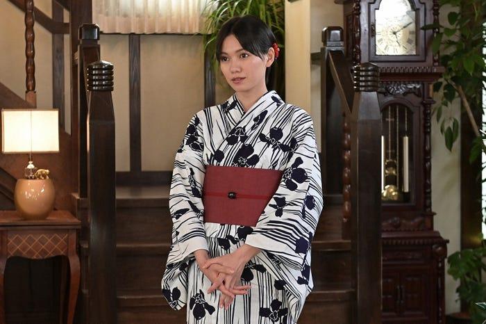 二階堂ふみ「プロミス・シンデレラ」第8話より(C)TBS