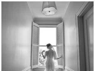 篠田麻里子、ハワイ挙式を報告 ウェディングドレス姿に「美しすぎる」と絶賛の声