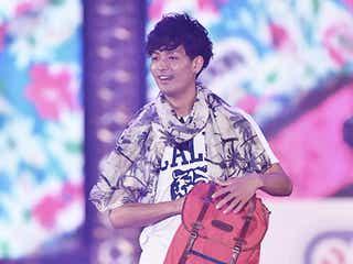 中村昌也、192cmの長身活かし初ランウェイ 観客へプレゼントも<GirlsAward 2015 S/S>