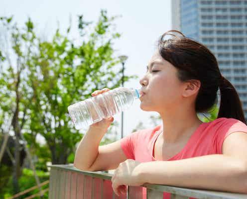 「水を飲むとむくむ」は誤りだった! 体脂肪率を下げる「水分補給」のコツ