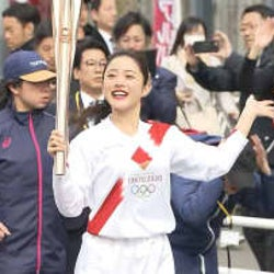 東京五輪聖火リレー リハーサル 女優 石原さとみさん参加