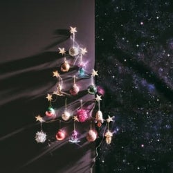 ツリーを飾るより簡単でオシャレ◎『Francfranc』が教えるクリスマスを楽しむお部屋の飾り方6選