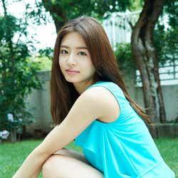 モデルプレス - 古畑星夏、まぶしい美脚と透明感で魅了