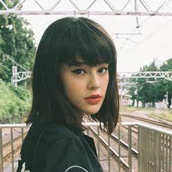 専属モデルに加入したemma/雑誌「ViVi」10月号より(C)monika mogi