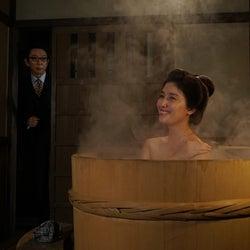 橋本マナミ、色っぽい入浴シーンを共演者絶賛「由美かおるさんを超える」