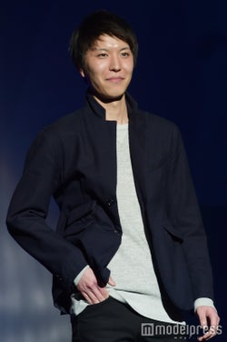 鈴木章浩さん(C)モデルプレス