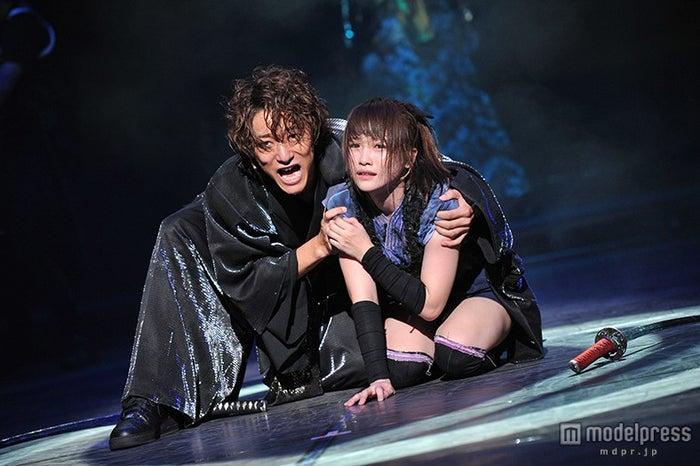 舞台「AZUMI 幕末編」で共演