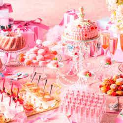 「マリー・アントワネットの仮面舞踏会~PINK ver.~」ピンクのgirlyスイーツビュッフェで姫気分