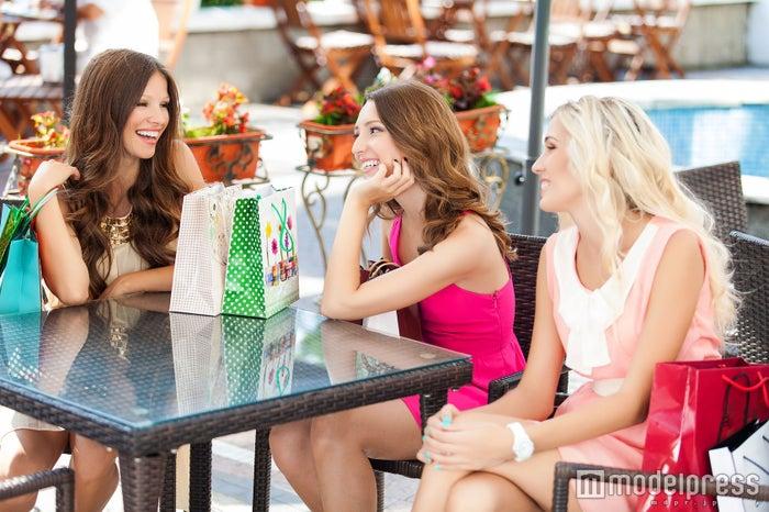 女子会中にこっそり気をつけるところ4つ 女性同士のチェックは厳しい?(Photo by A.KaZaK/Fotolia)