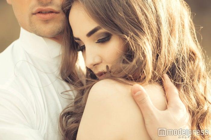 「もうギュッてしてやる!」男性が抱きしめたくなる女性の行動(photo-by-tverdohlib/Fotolia)