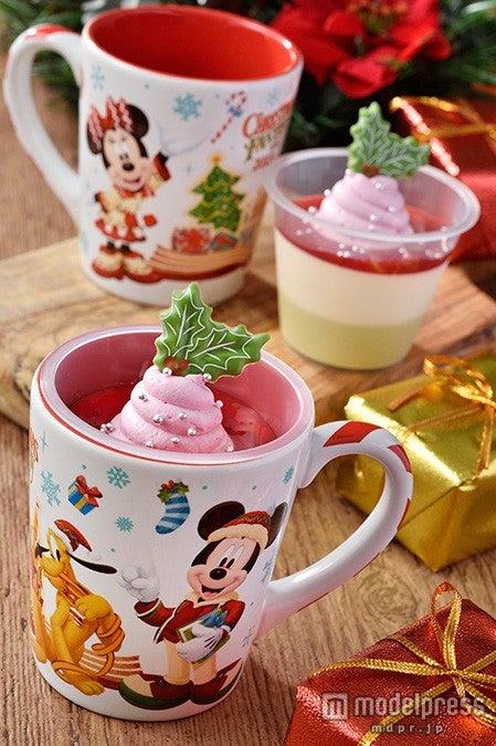 TDL:ホワイトチョコレート&ピスタチオのムース、スーベニアカップ付き(¥720)(C)Disney