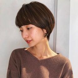 【長さ別】髪の量が多い女性に似合うヘアスタイル6選