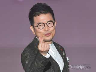 宮迫博之、メインMCで登壇「震えてます」 ランウェイで「宮迫ですッ!」も<関コレ2021S/S>