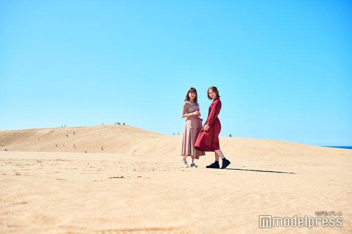 空と砂丘のコントラストが美しい!まるで外国を旅しているかのような写真が必然と撮れてしまう鳥取砂丘(C)モデルプレス