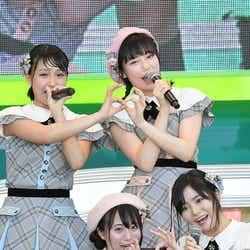 (左上から時計回り)山田菜々美、長久玲奈、中野郁海、坂口渚沙 (C)モデルプレス